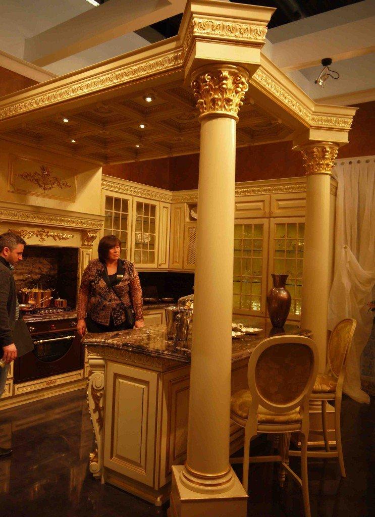 baroque-style-kitchen